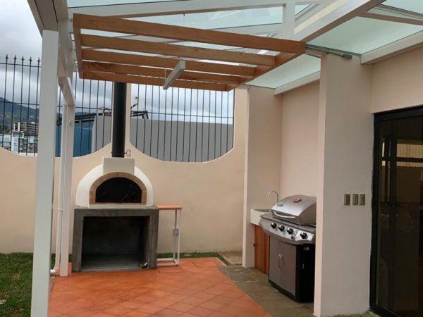 Construcción de terraza residencia Escazú